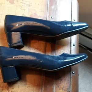 New A2 heelrest by AEROSOLES 10 HEEL.NAVY